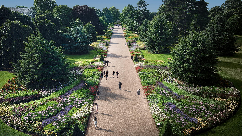 Garden Walk London: Great Broad Walk Borders