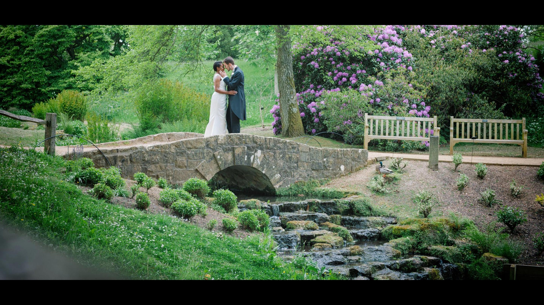 Richard and Danielle's wedding in the grounds of Wakehurst (Credit: Mona Ali)
