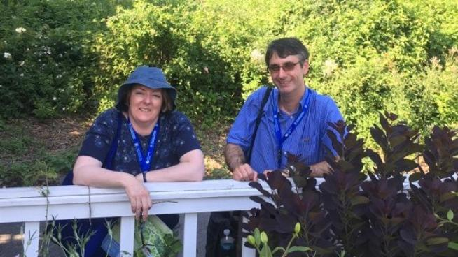 Image showing Fiona and David trying to keep cool in Brooklyn Botanic Garden