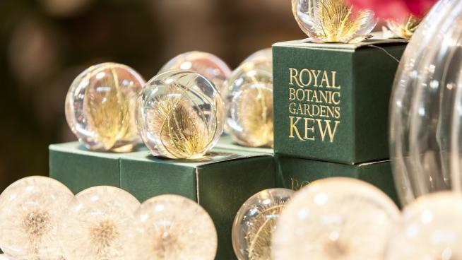 Shopping at Kew