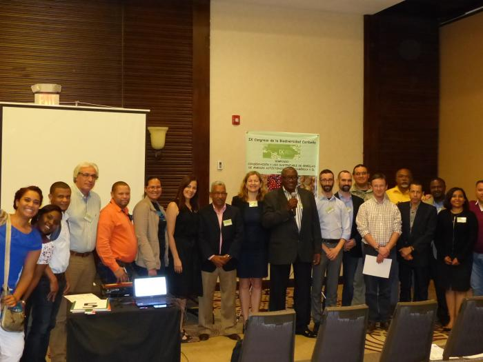 Image showing organisers and participants of the Symposium 'Seed conservation and sustainable use of native trees in Mesoamerica and the Caribbean', held on 3 February 2017 on the framework of the IX Caribbean Biodiversity Congress